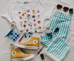 blue, daisy, and fashion image