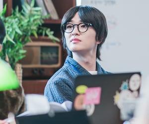 Onew, lee jinki, and SHINee image