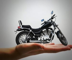 two wheeler insurance and twowheelerinsurance image