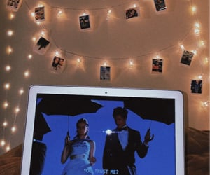 bedroom, chill, and gilmore girls image