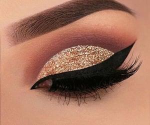 eyeliner   👑