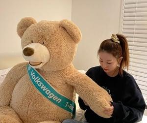kpop, k-pop, and girlfriend material image