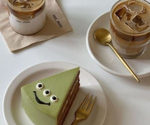 Happy Matcha Cake with Iced coffee   @eve365