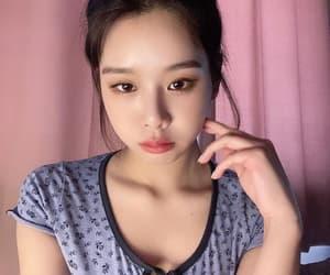 girls, kpop, and sixteen image