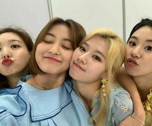 mono, sana, and jihyo image