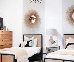 bois, Chambre, and golden image