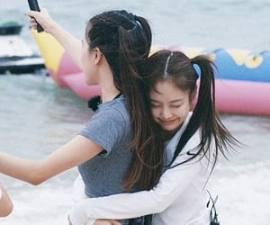 bp, jennie, and park chaeyoung image