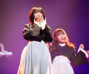 idol, 渡辺梨加, and 藤吉夏鈴 image
