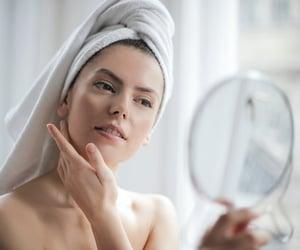 skincare tips, skincare routine steps, and simple ways skincare image