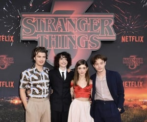 red carpet, finnwolfhard, and st image