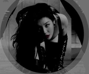 korean, overlay, and dark theme image