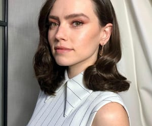 star wars and daisy ridley image