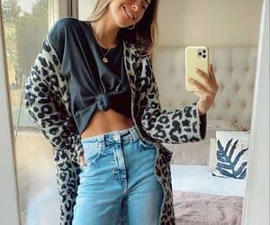 kimono and t shirt image