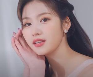 idol, japanese, and kpop image