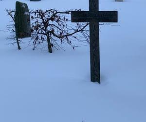 graveyard, friedhof, and iphone12mini image