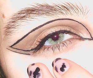 green eyes, blue eyes, and eye image