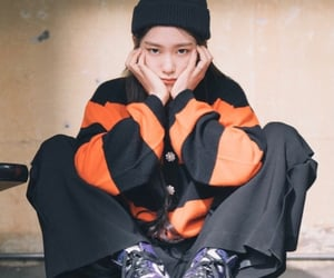 korean, fashion, and photoshoot image