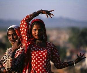 gypsy dancers image