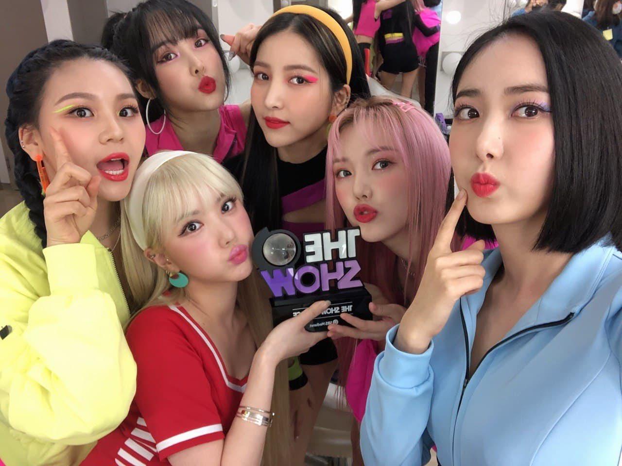 girl group, buddy, and sowon image