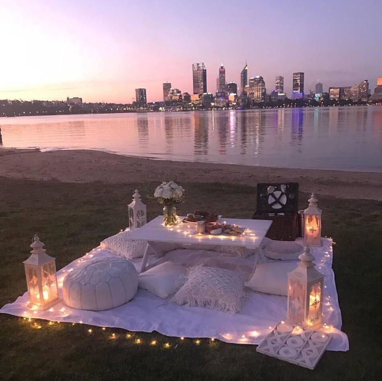 beach, cosy, and picnic image