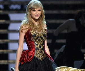 2012, Taylor Swift, and ama image
