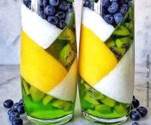 berries, smoothie, and yoghurt image