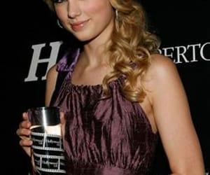 2008, Taylor Swift, and award image