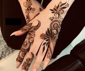 beautu, body art, and henna image