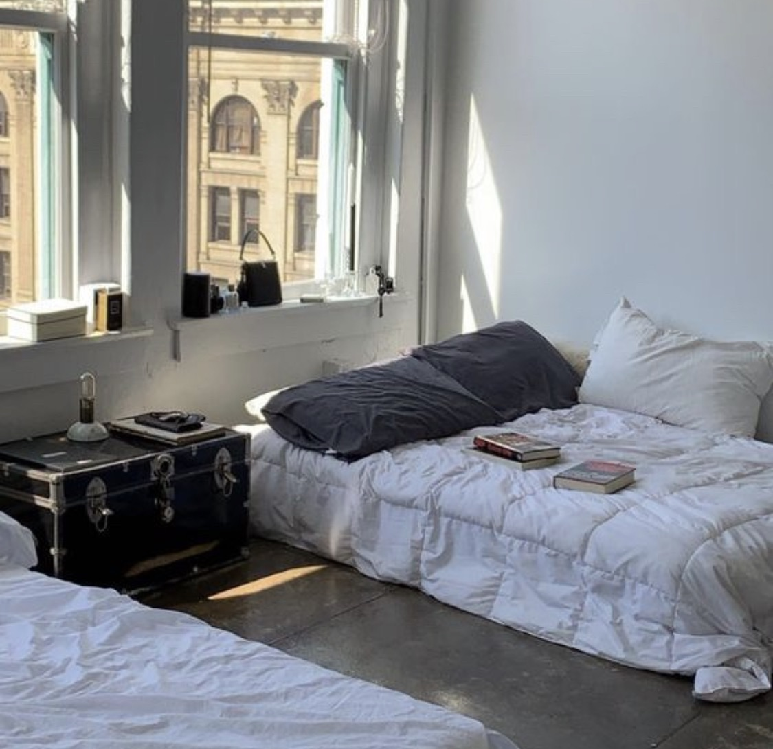 bedroom and apartment image