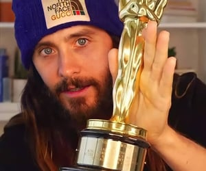 30 seconds to mars, vocalist, and beanie image