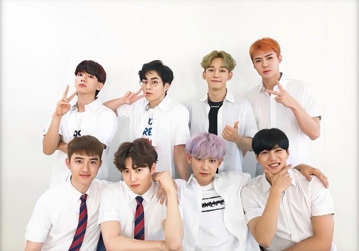 Chen, korean, and white image