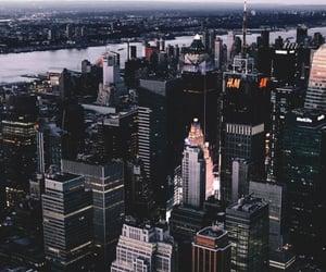 city, city life, and new york city image