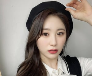 kpop, chaeyeon, and izone image