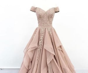 evening gown, formal wear, and prom dresses image