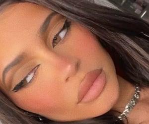 cat eye, Kendall, and kim kardashian image