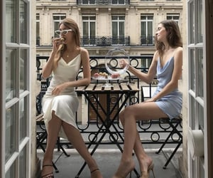 aesthetic, girls, and paris image