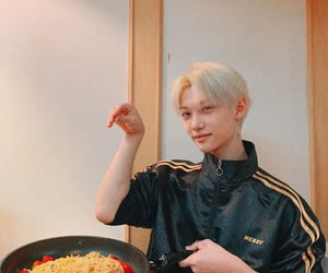 felix, stray kids, and noodles image