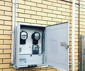 electrician in brisbane, electrician north lakes, and electrician redcliffe image