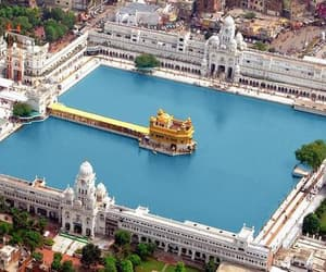 india and golden temple image