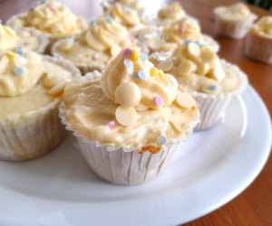 cup cake, yummy, and dessert image