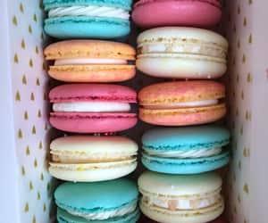 Assorted Macarons!
