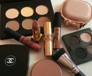 beauty, contour, and lipgloss image