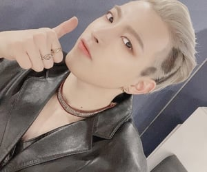 blond hair, kpop, and ateez image