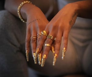 gold, inspo, and nails image
