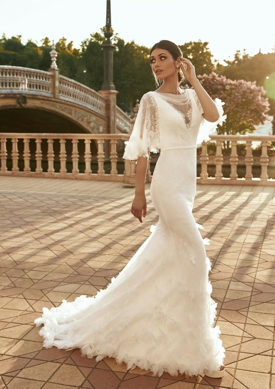 bridal, elegancia, and moda image