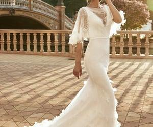 belleza, elegancia, and Marchesa image