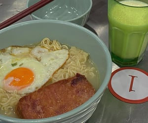food, weibo, and china image
