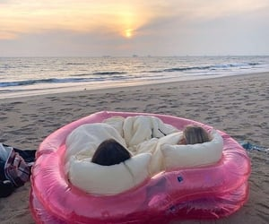 aesthetic, beach, and heart image