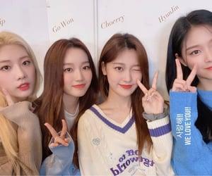 hyunjin, kim lip, and gowon image
