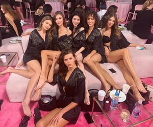 models, gigi hadid, and Victoria's Secret image